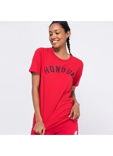 New Balance Tişört Kırmızı
